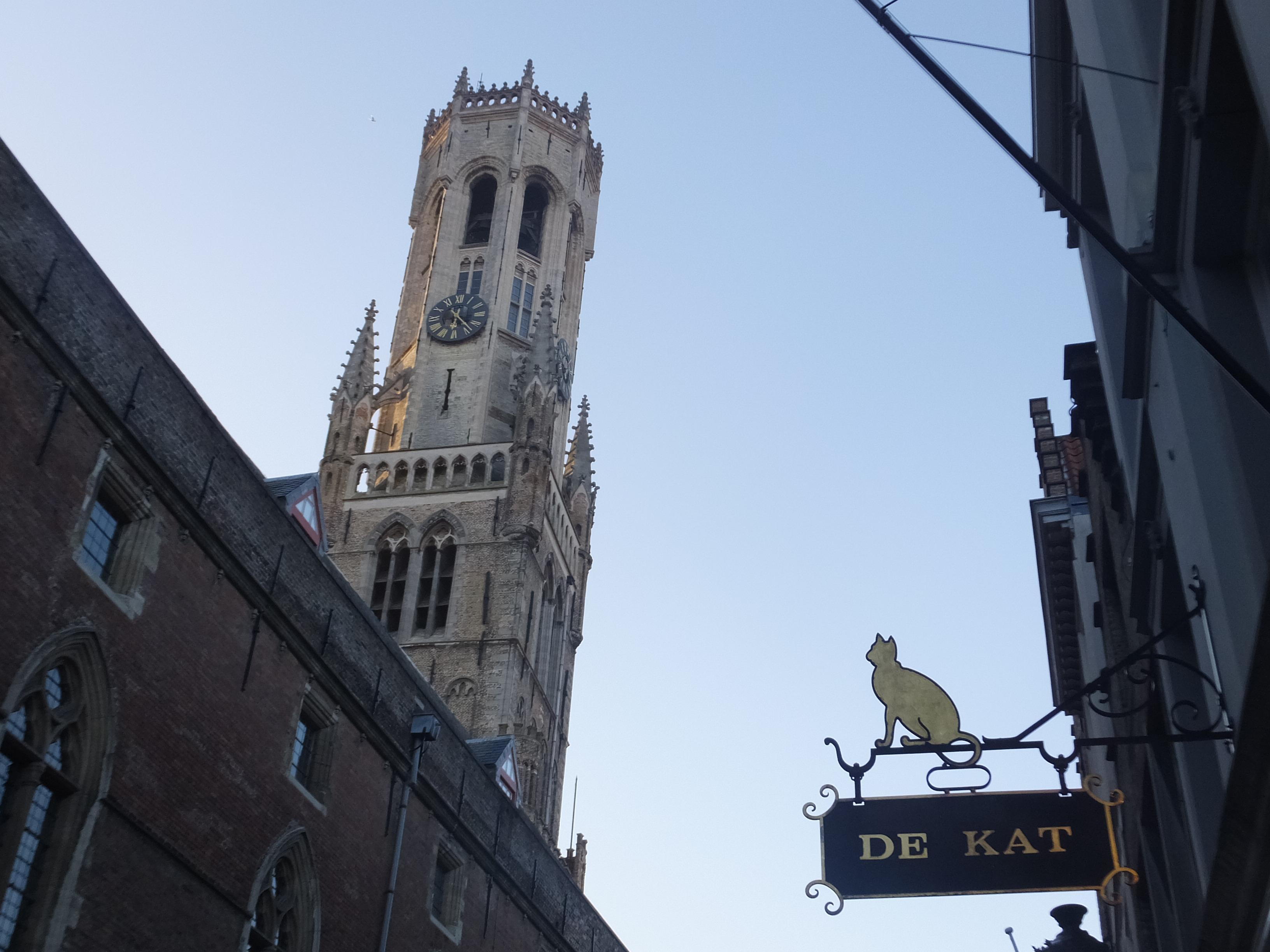 オランダからブルージュへ小旅行③(De Halve Maan )