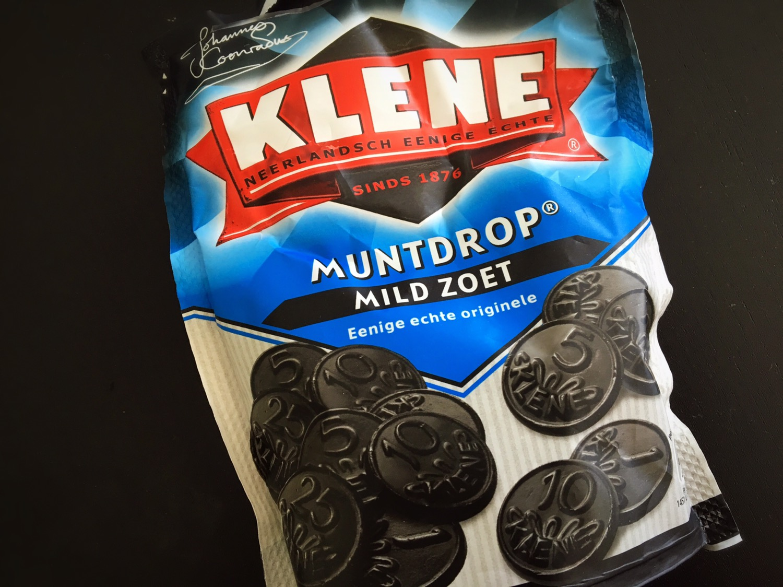 衝撃的なまずさ!オランダ人が大好きな黒ドロップ!