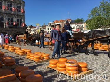 ゴーダのチーズ市(Kaasmarkt in Gouda)